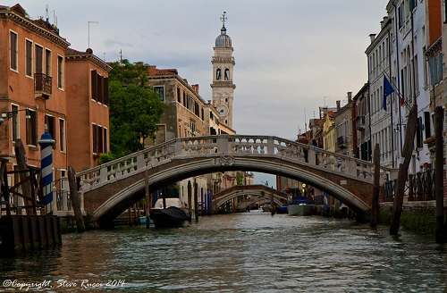 A stroll in Venice:  artisans, flavors, history and legends